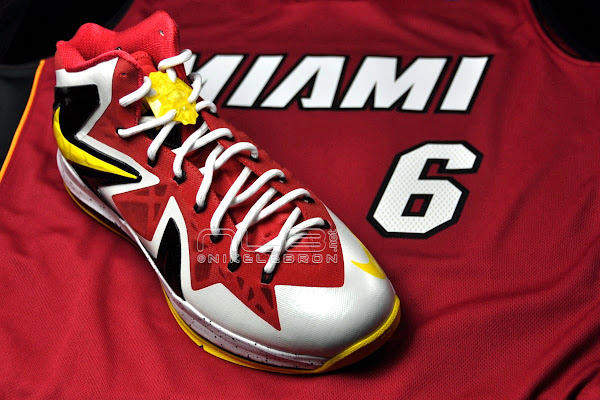 Should Nike ReIssue the LEBRON X PS Elite on NIKEiD