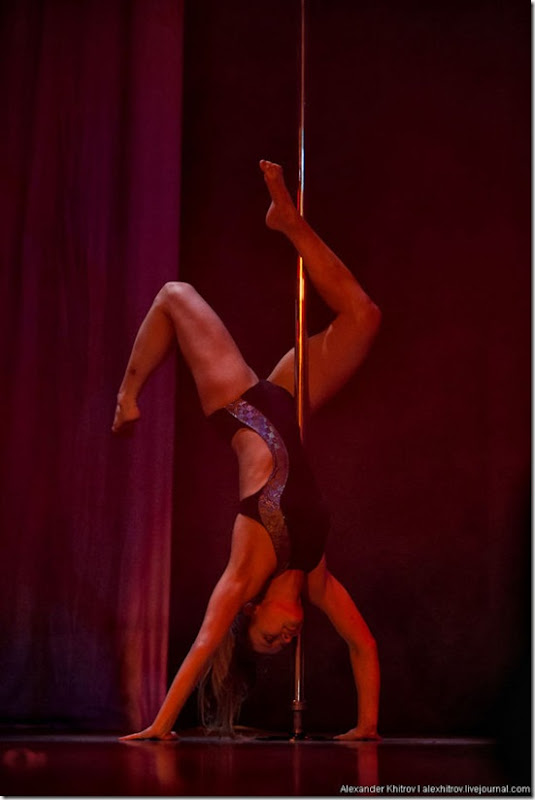 russian-pole-dancing-competition-31