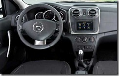 Dacia Logan en Sandero II in detail 01