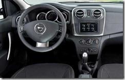 Dacia Logan en Sandero II in detail 01