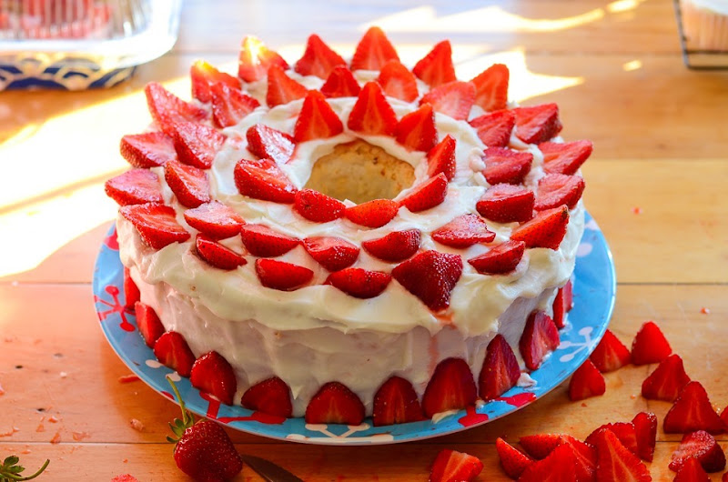 strawberry cake-9770