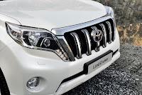 2014-Toyota-Land-Cruiser-Prado-34.jpg