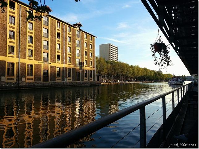 Canal... Paris