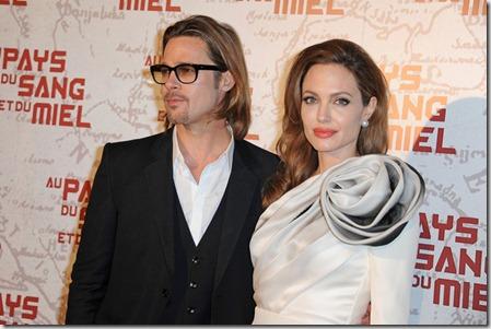 Angelina Jolie Celebs Paris Premiere Land mXmV00BTo99l