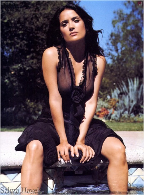 salma hayek linda sensual sexy sedutora gostosa peituda boob tits desbaratinando  (56)