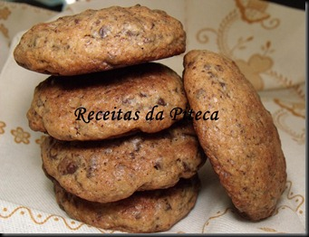 Bolachas com pepitas de chocolate1