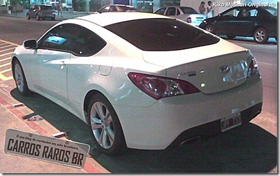Hyundai Genesis 2.0T (2-2)[2]
