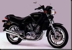 Yamaha XZ550 82