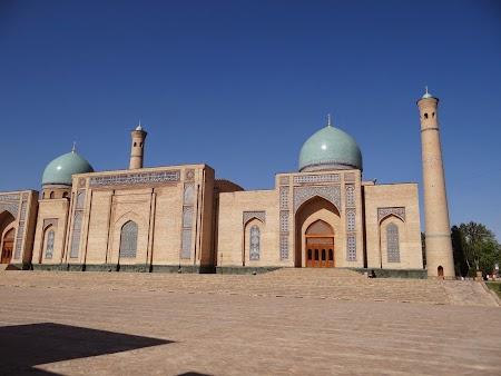 12. Moscheea Khast Imam Taskent.JPG