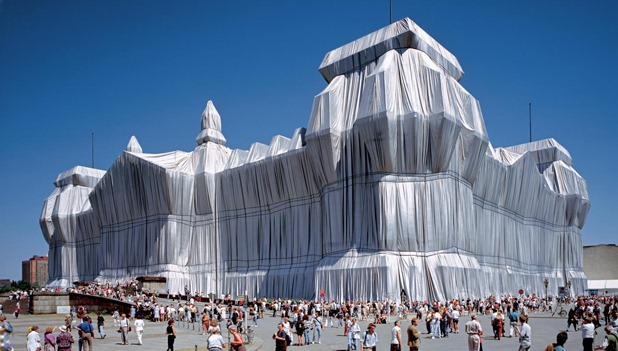 Christo and Jeanne-Claude: Wrapped Reichstag, Berlin 1971-95