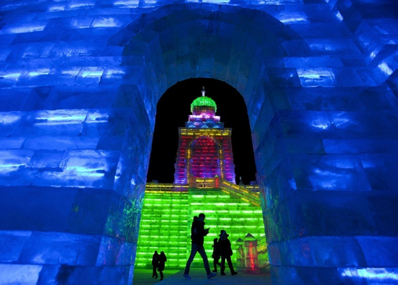 harbin-ice-festival-2012-6