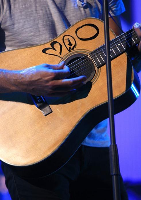 Chris Martin 2014 iHeartRadio Music Festival arha3XYra9Bl