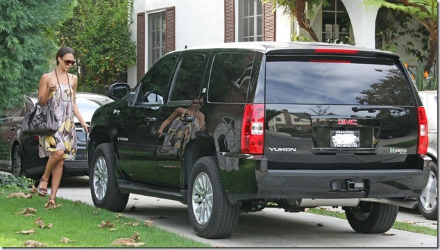 Jessica Alba'sfriendly hybrid SUV