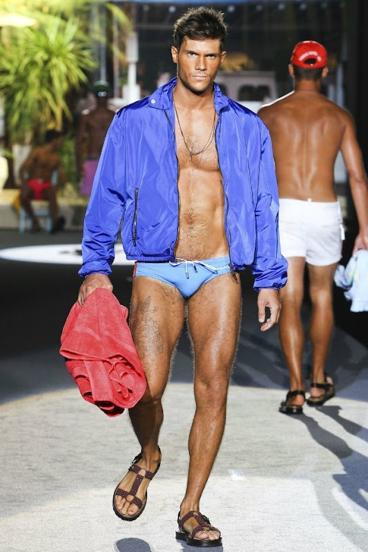 Milan Fashion Week Primavera 2012 - Dsquared² (24)