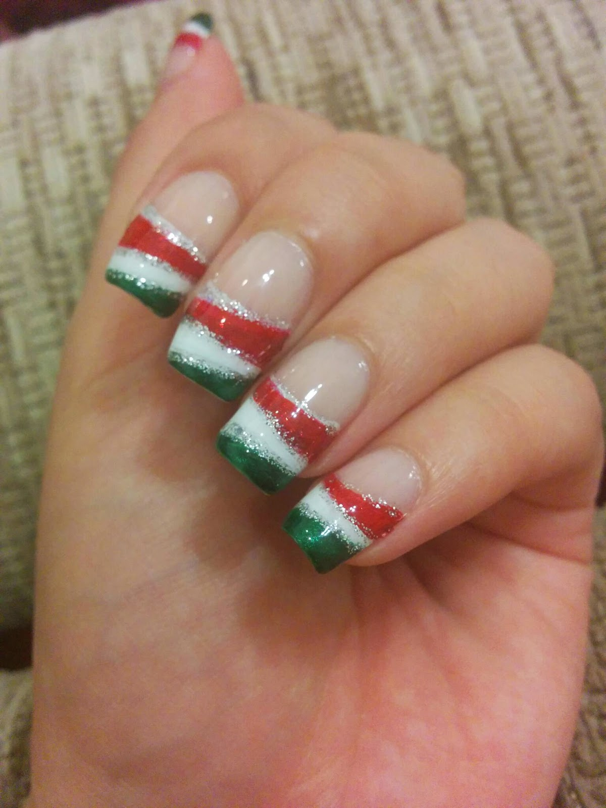 Clever and Colorful: Italian Nails