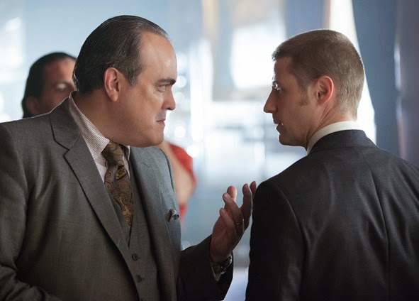 "GOTHAM: Maroni (guest star David Zayas, L) meets with Detective Gordon (Ben McKenzie, R) in the ""Viper"" episode of GOTHAM airing Monday, Oct. 20 (8:00-9:00 PM ET/PT) on FOX. ©2014 Fox Broadcasting Co. Cr: Jessica Miglio/FOX"