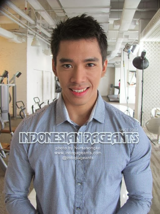 Hot Indonesian  Model - Akbar Kurniawan 23