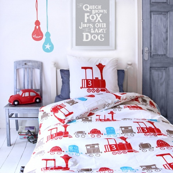 U453472f_U453469_fred-the-dog-train-bedding