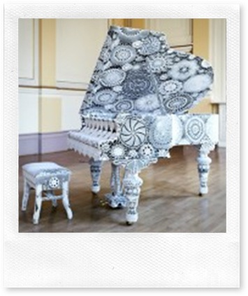 crochet piano