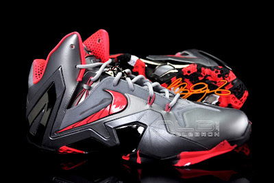 lebron11 elite team collection 09 web black The Showcase: Nike LeBron XI Elite Team Collection
