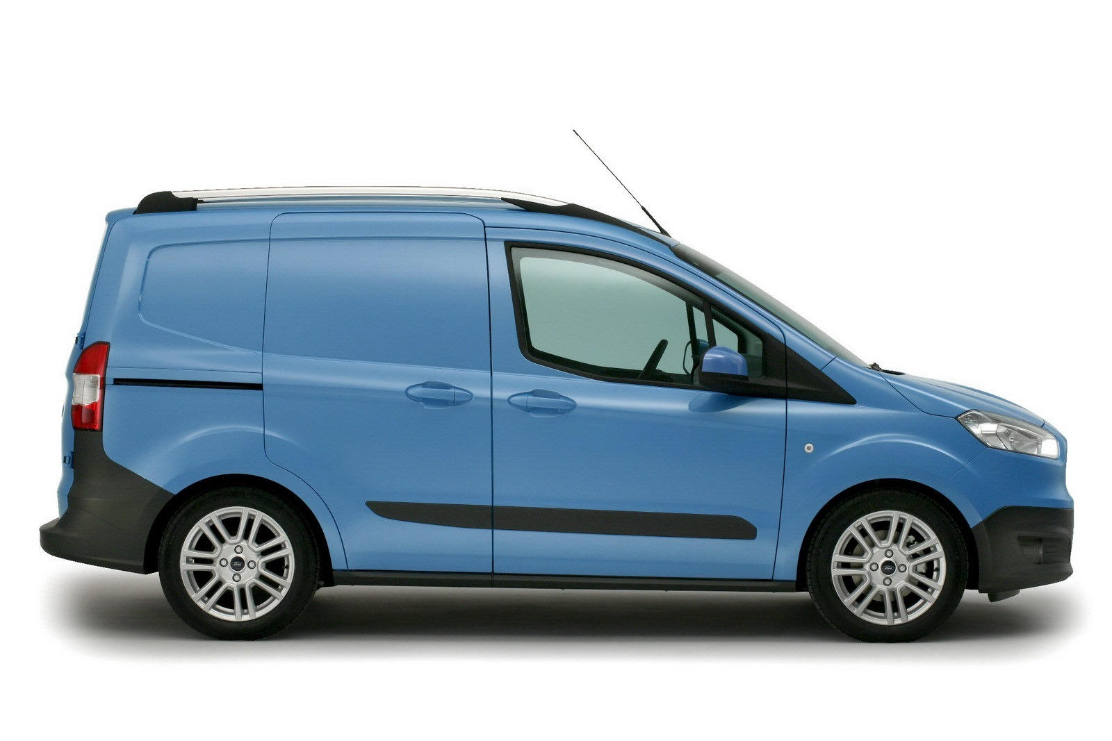 2014 ford transit courier birmingham cv fuar nda g r c ye. Black Bedroom Furniture Sets. Home Design Ideas