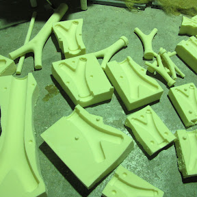 molding trees