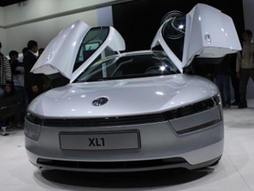 VW-XL1-Mobil-Teririt-Di-Dunia1