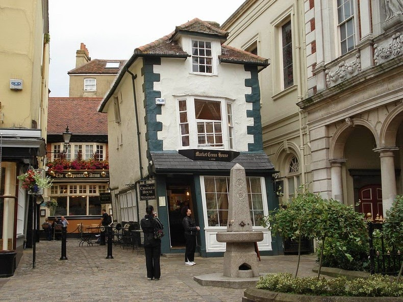 crooked-house-windsor-3