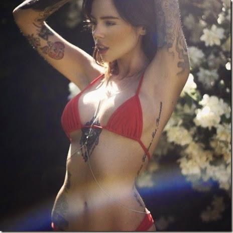hot-tattoo-women-024
