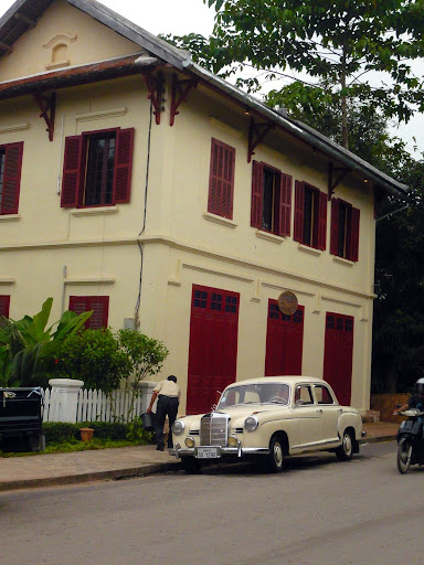 Old building and old Mercedes.