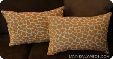 giraffe-print-pillows