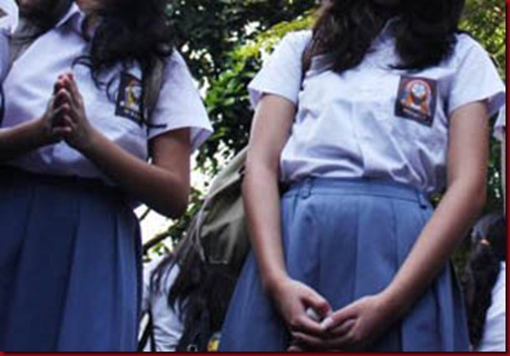 5 Siswi SMA Dikeluarkan Dari Sekolah Karena Lecehkan Sholat
