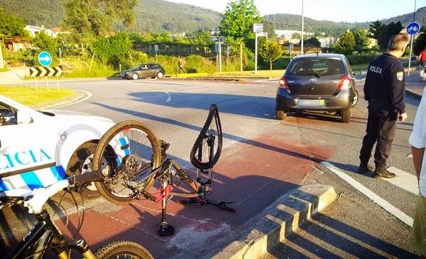 Acidente na ciclovia de Lamaçães (Braga) - ciclista ferido