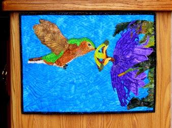 1412106 Dec 30 Hummingbird Wallhanging
