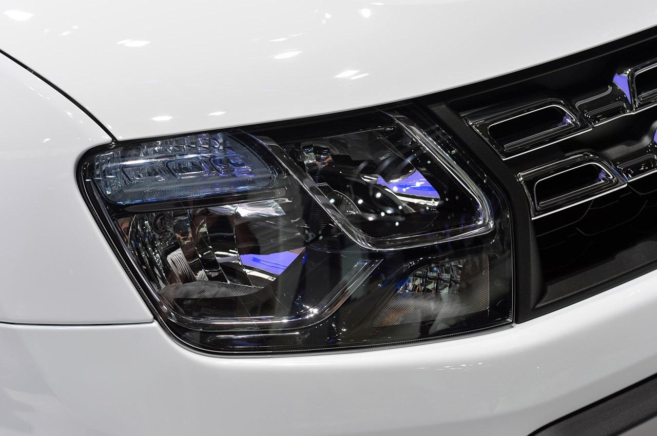 Dacia-Duster-2014-08.jpg