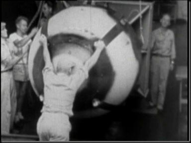 Gilda-Bomb-PrepareforTransport
