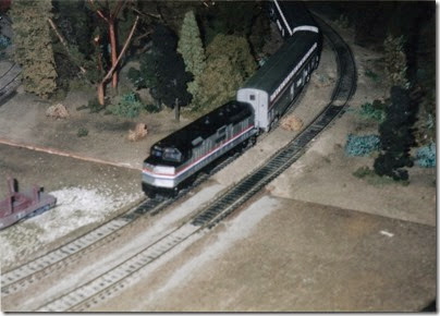 21 HO-Scale Layout at the Lewis County Mall in January 1998