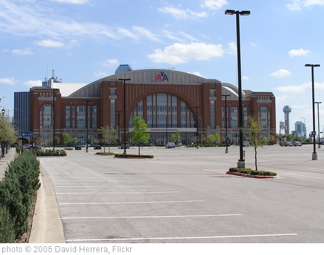 'American Airlines Center, Dallas' photo (c) 2005, David Herrera - license: http://creativecommons.org/licenses/by/2.0/