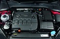 2013-Volkswagen-Golf-7-26