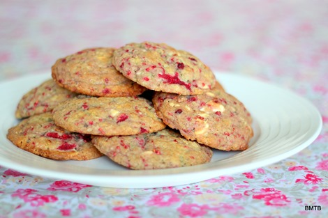 Raspberry and White Chocolate Cookies by Baking Makes Things Better