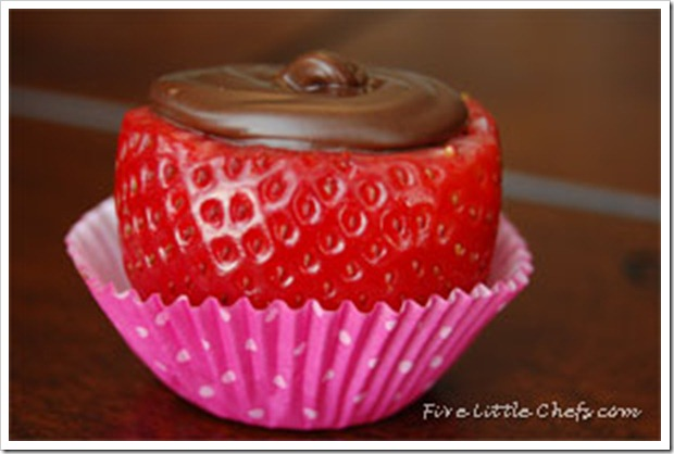 Chocolatestrawberriesfinish
