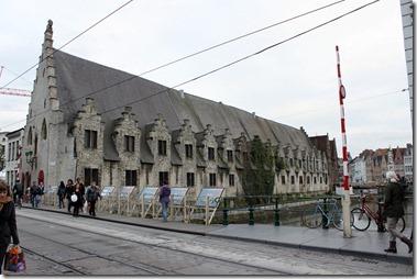 Groot Vleeshuis 大肉市場、1406-1410年にかけて建てられた