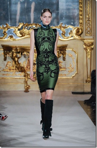 Dark-Green-Fall-2012-Baroque-Fashion-Trend-Giutzy