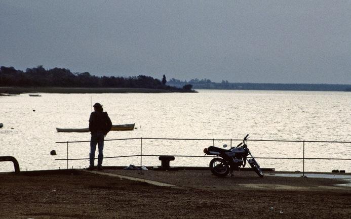 562 vengo de los ríos que dan al mar