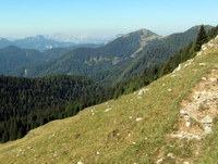 Kok in drugi vrhovi proti zahodu