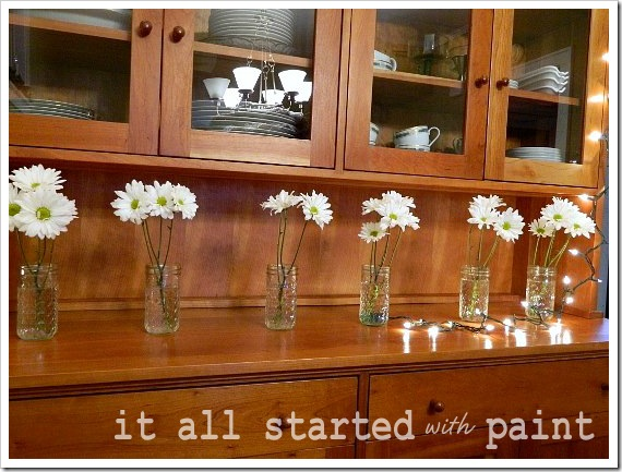 Holiday Table Daisies Long (550x413) (2) - Copy