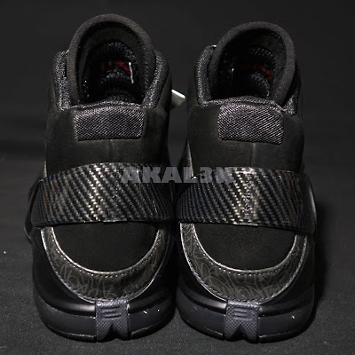 nike zoom lebron 6 zoom power black 4 08 #TBT: Closer Look at the Unreleased Nike Zoom Power Blackout