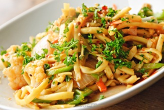 Oh My Gulay's Chow-Chow Noodles