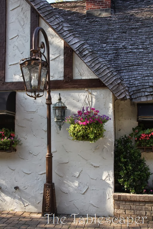 Thatched Cottage12