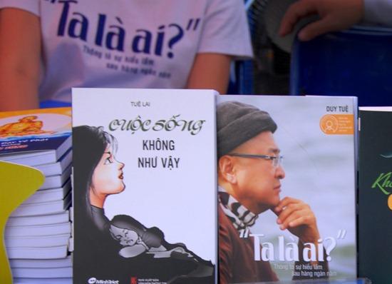 Sách xuyên tạc Phật giáo được tôn vinh tại Văn Miếu!
